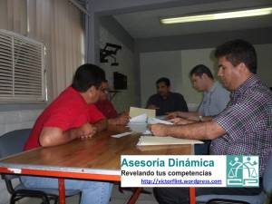 Víctor Flint Flores Hernández en actividades de Planeación Didáctica